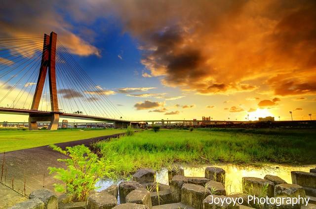 日落雲彩 新北大橋