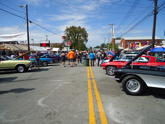Big crowd at the Gaslight Festival car show