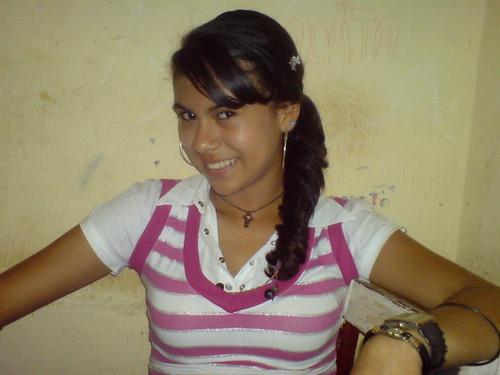 LindaBO: Alva Landivar con 14 años de edad en Riberalta