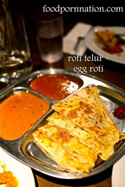roti telur - egg