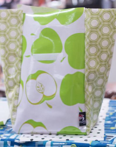 insulated lunch tote4 (1 of 1)