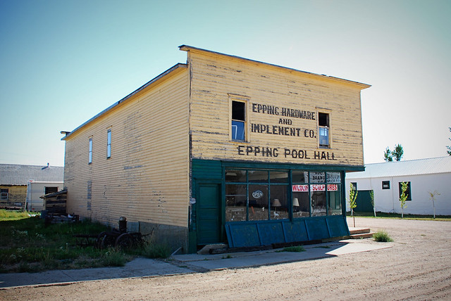 epping hardware & pool hall