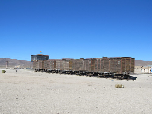 Train abandonné près du Salar de Chiguana