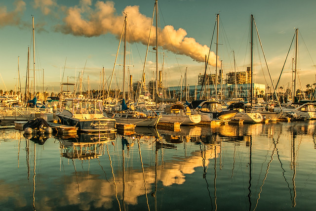Early morning in the harbor