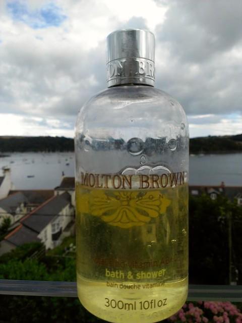 Molton Brown Vitalising Vitamin AB+C Bath and Shower gel