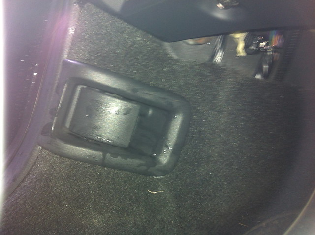 Water dripping into footwell of Volvo XC60 T6 RDesign