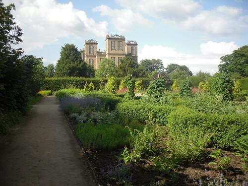 Hardwick Hall, gardens 4