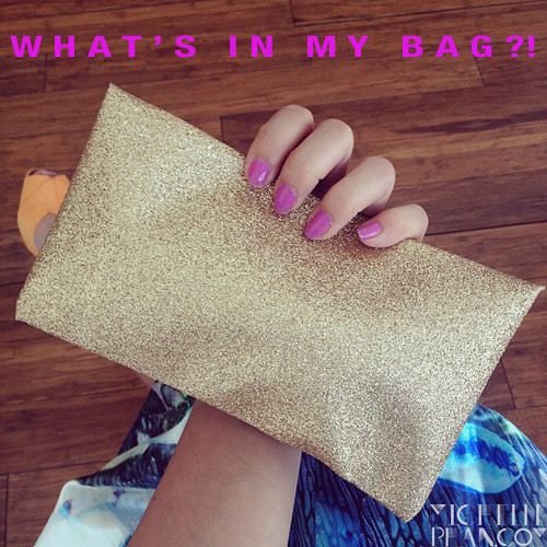 Accessorized: What's in My Bag?!