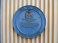 Photo of Fleur-de-Lis, Yeovil and Yeovil Post Office blue plaque