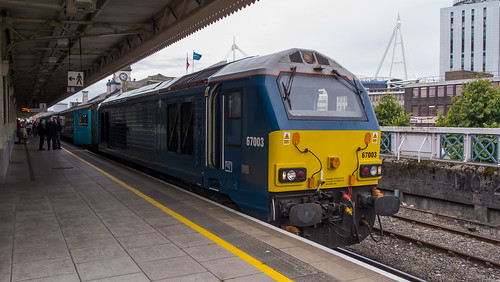 67003 at Cardiff Central with the evening 'Premier Service' to Holyhead