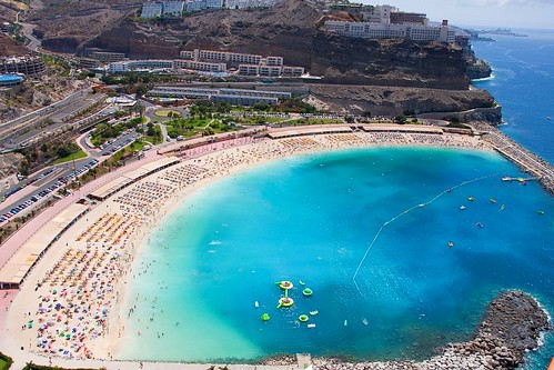 """Playa de Amadores.Fotos Aéreas """"Costa turística de Mogán"""" Gran Canaria Islas Canarias"""