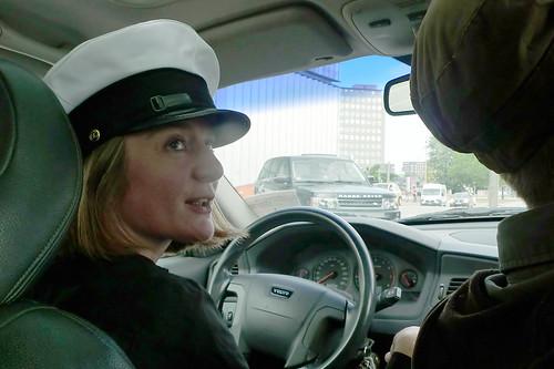 Birgit Dunkel als Chauffeurin. August 2012