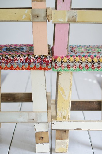 wood & wool stacking by wood & wool stool