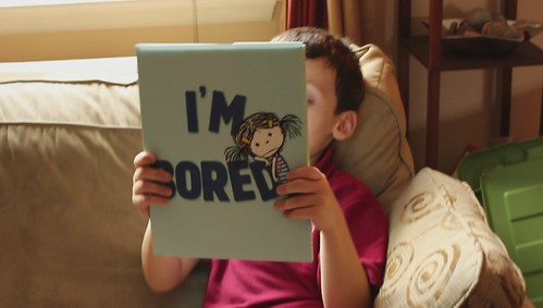 Gregor Reviews I'm Bored by Michael Ian Black, Debbie Ridpath Ohi (illus)