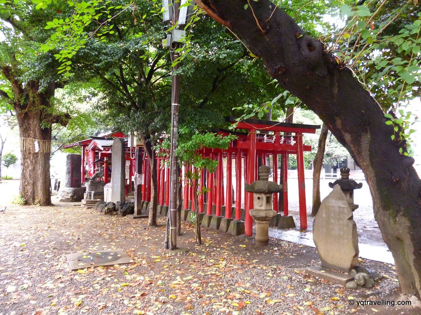 Hanazono Inari shrine