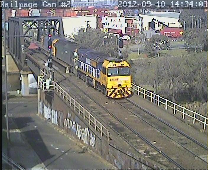 9303-G541-G536 2MC2(9693) PN Portlink to Ettamogah/Bomen/Marrar/Leeton/Griffith 10-9-2012 by Railpage Bunbury Street