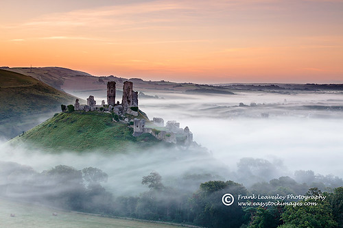 mist castle sunrise dawn dorset corfe