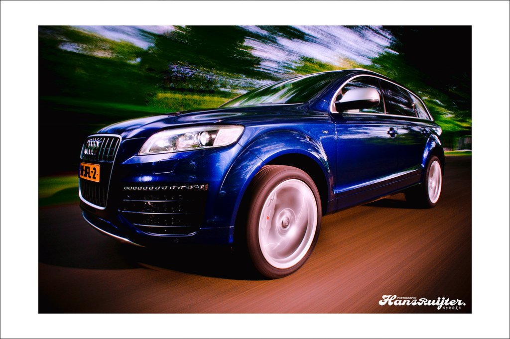 Automotive Rigshot Audi Q7 V12 Tdi