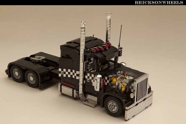 Lego Peterbilt 379 Black Cat Lowrider Ghostview