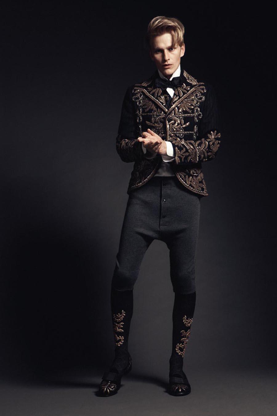 Gerhard Freidl0333_VIKTOR Magazine_Ph Adriano Russo(Wiener Models)