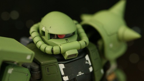"Real Grade 1/144 - MS-06F Zaku II ""Elite Guard"" - Completed 1 -"