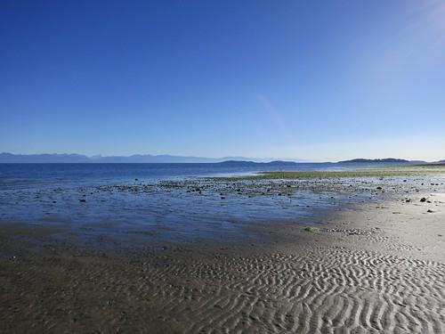 ocean sea sand view patterns lowtide parksville rathtrevorbeach riples