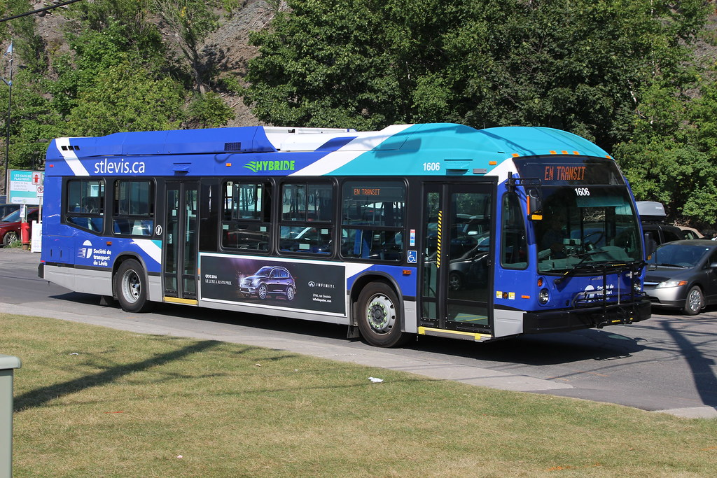 STL Lévis Nova Bus LFS HEV 1606