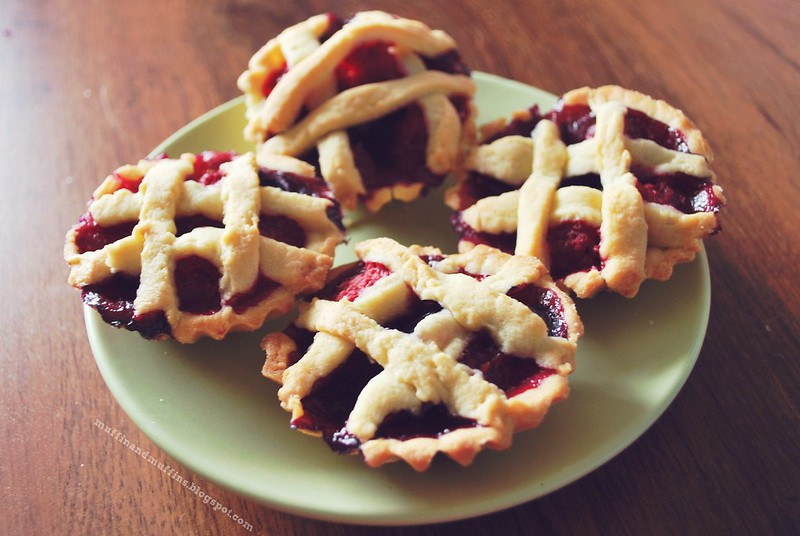 Blueberry & raspberry tartlets