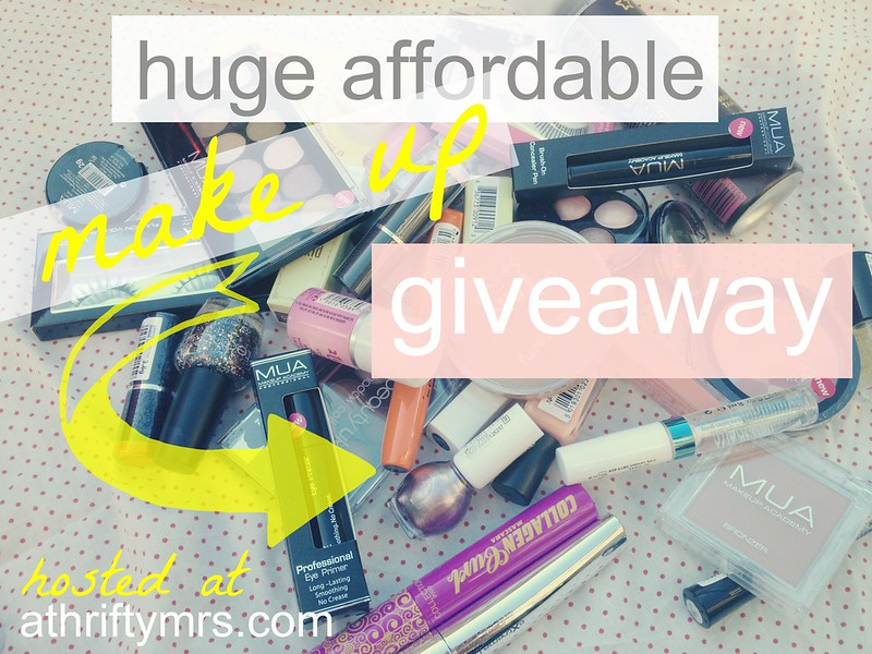 MAKE UP GIVEAWAY