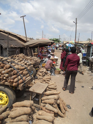Informal traders in Ashaiman