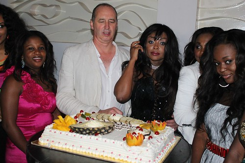 7808025734 135ba48f96 Photos: Stephanie Benson celebrates birthday with the stars