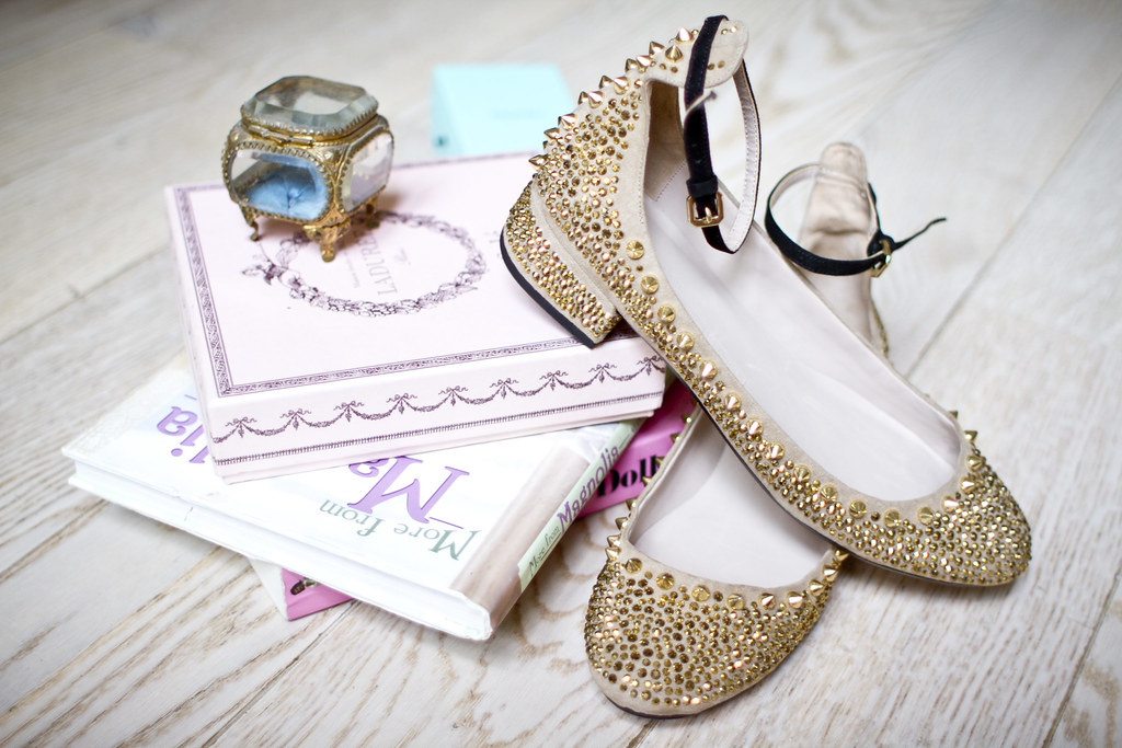 Zara_gold_ballerina_flats0