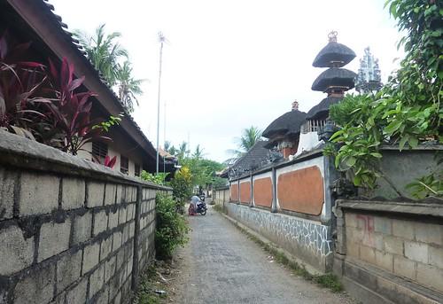 Bali-Lembongan-Jungutbatu-village (7)