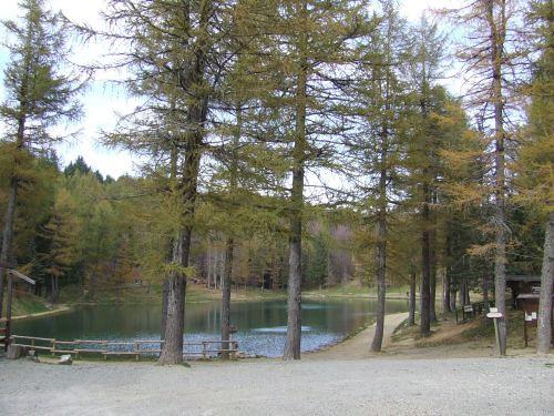 Lago di Ninfa - ph Roberto Leoni