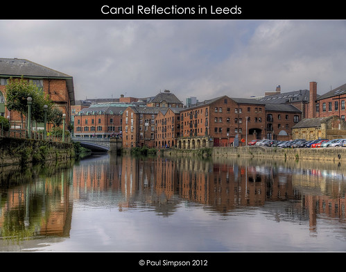 bridge cars river canal apartments riverside leeds calm views hdr warehouses riveraire leedsliverpoolcanal singleframe imageof photoof august2012 paulsimpsonphotography photosofimagesof