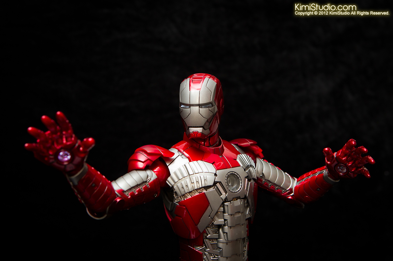 2012.09.01 Hot Toys Iron Man Mark V-031