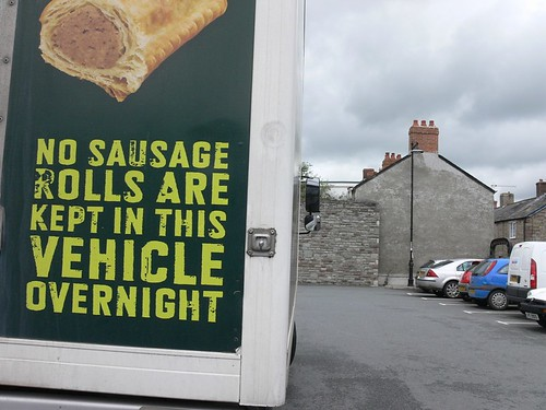 no sausage rolls are kept in this van overnight sign 116