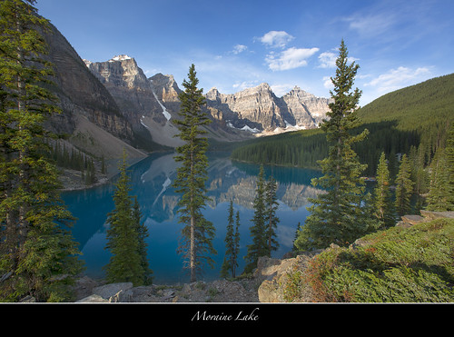Moraine Lake in the Valley of the Ten Peaks-Banff