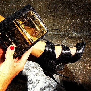 _NYFW_Tom_Ford_shoes_and_clutch