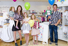"Jamie Oliver's wife launches a collaboration with Mothercare ""Little Bird"""