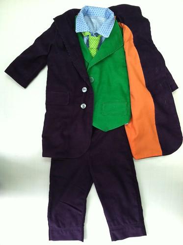 R's Joker costume