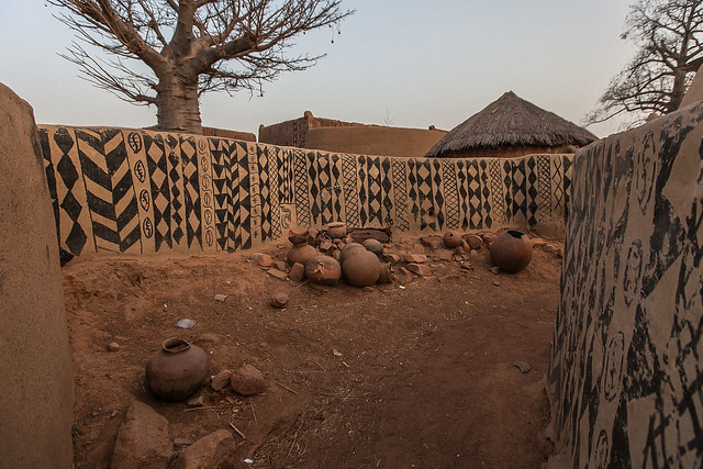 Gurunsi villages, tiebele, south of burkina faso