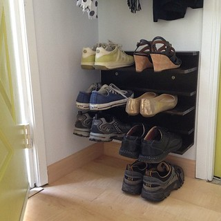 My DIY shoe rack for a tight space, version 2. goo.gl/zBhMZ