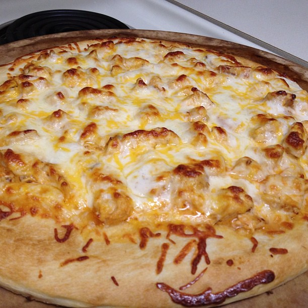Delicious dinner of buffalo chicken pizza from tonight!