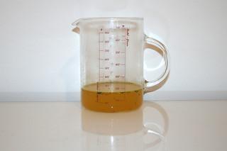 11 - Zutat Geflügelbrühe / Ingredient chicken stock