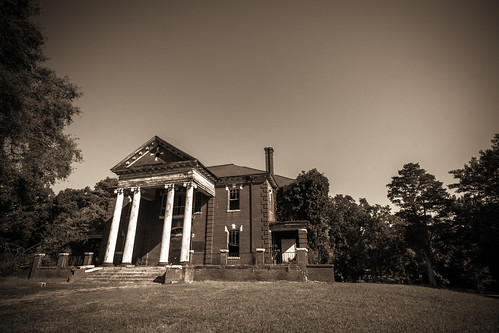 Cannon Memorial Hall by kenfagerdotcom