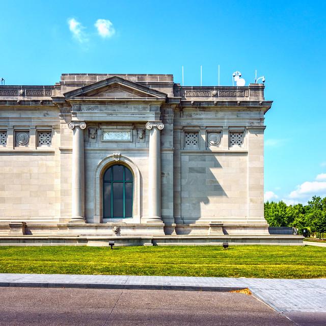 St Louis Art Museum Shadow