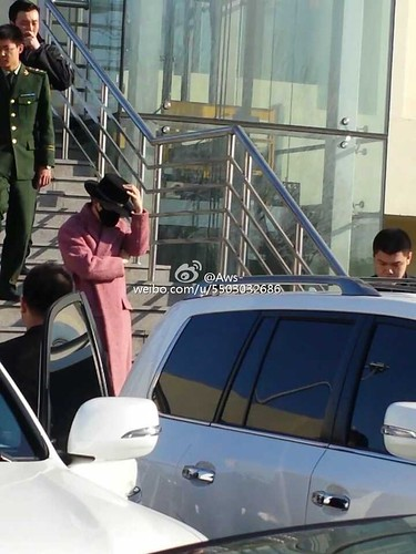 Big Bang - Harbin Airport - 21mar2015 - G-Dragon - Aws- - 01