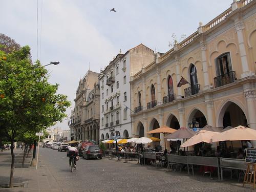 Salta: les bâtiments de la Plaza 9 de Julio