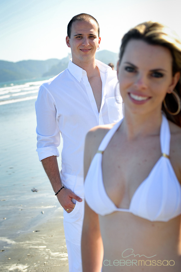 Lais e Diego E-session na praia de Santos-30